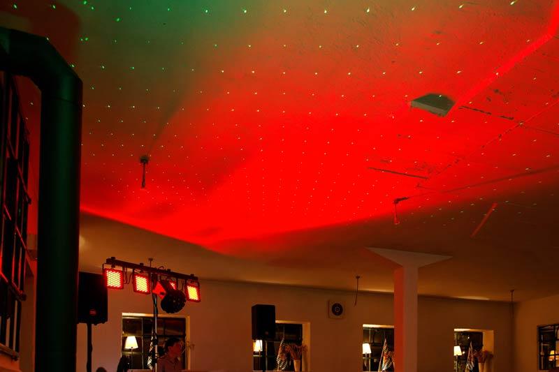 Disco-Feeling im alten Kuhstall